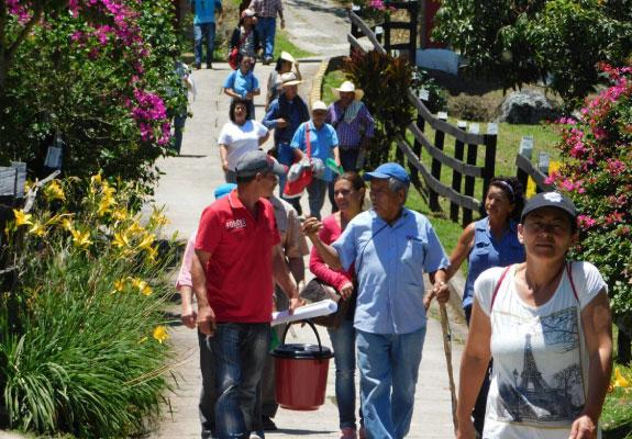 Donación fundación Aurelio Llano Posada en Medellín